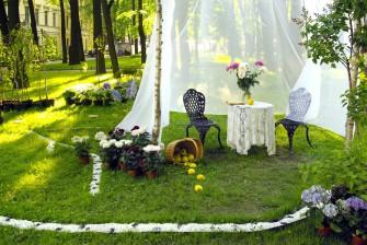 Krásná zahrada i trávník