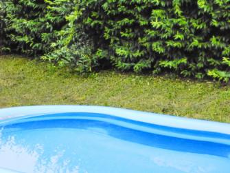 Jak správně zazimovat bazén?