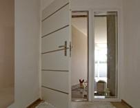 Vchodové dveře: bezpečnost i krása