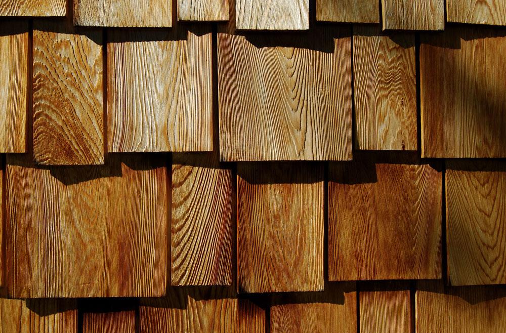 Cedr má všechny úžasné vlastnosti jaké jen dřevo může mít, ale jeho cena je vysoká.