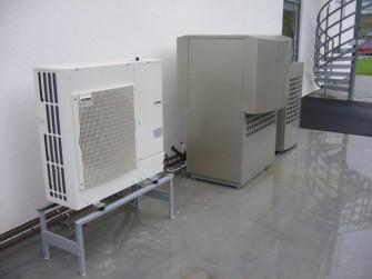 Tepelná čerpadla už nahradila tisíce kotlů na uhlí a dřevo