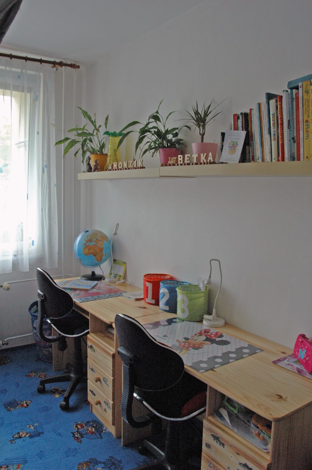 dětský pokoj stoly