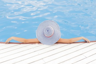 Voda v bazénu a jak se o ni starat