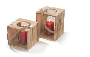 Svíčky, svícny a lucerny - i takový je podzim. Dekorativní dřevěné lucerny zakoupíte v řetězci KIK od 159 korun.