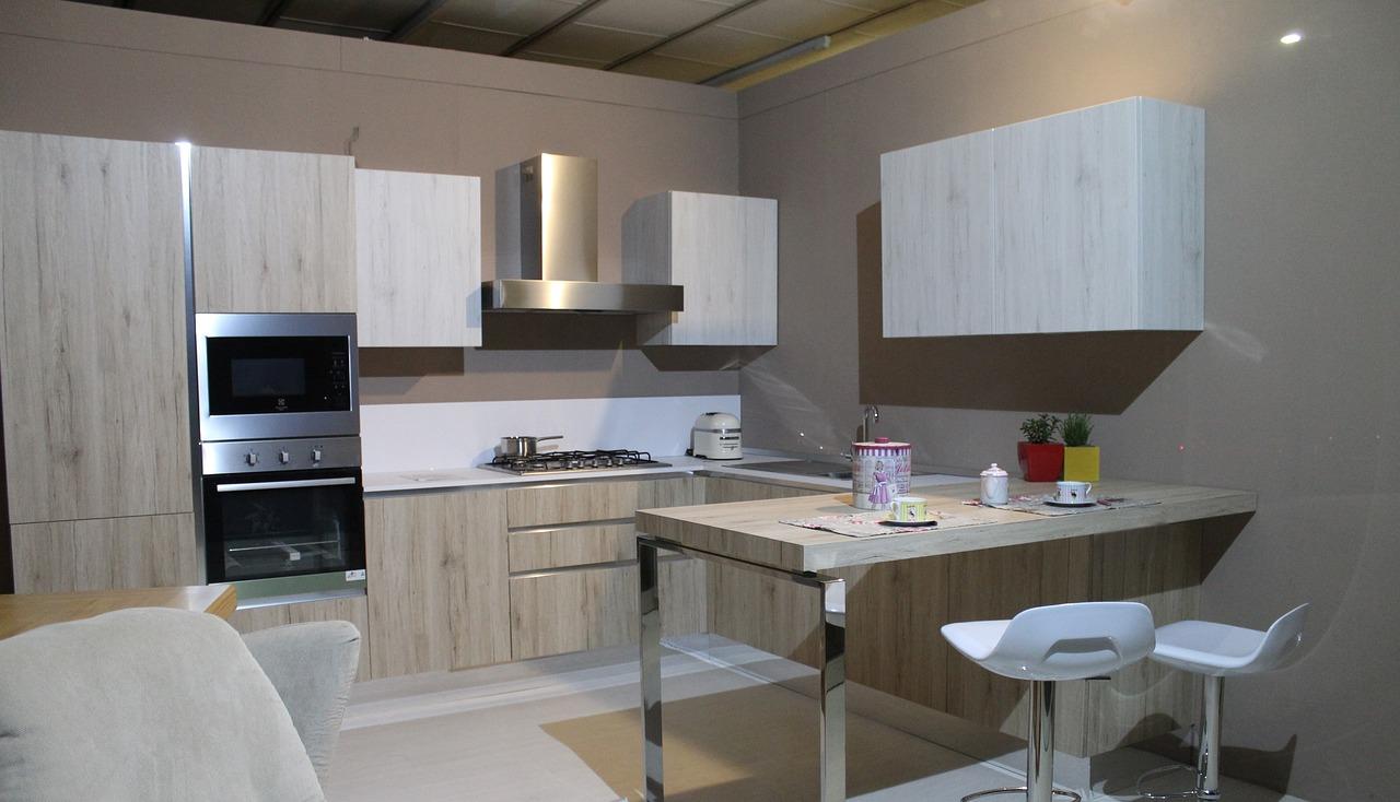 Jiné požadavky na velikost a uspořádání kuchyně bude mít čtyřčlenná domácnost, odlišné pak člověk žijící single.