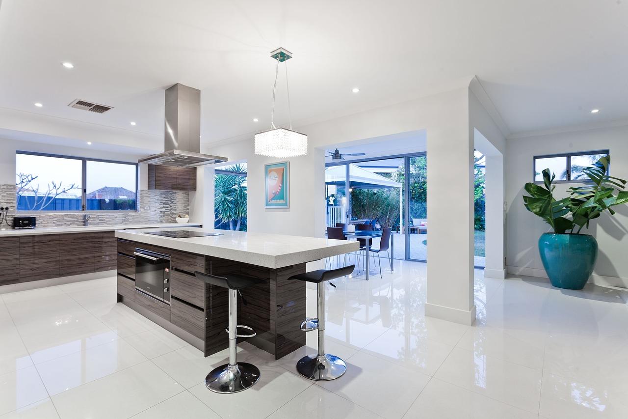Jednotný styl by měl panovat v kuchyni i přilehlé jídleně tak, aby spolu navzájem korespondovaly.