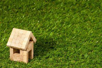 4. Jak se staví dřevostavba  – sendvičová roubenka