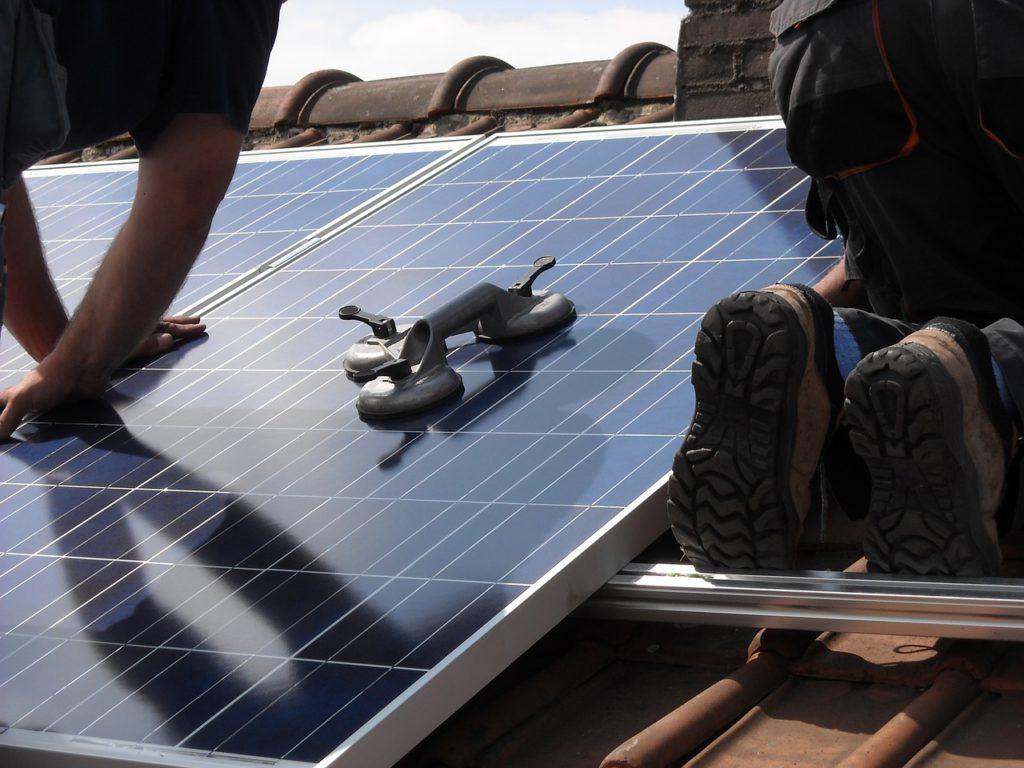 Aktivní solární systém je možné dodatečně umístit na jakoukoliv stavbu.