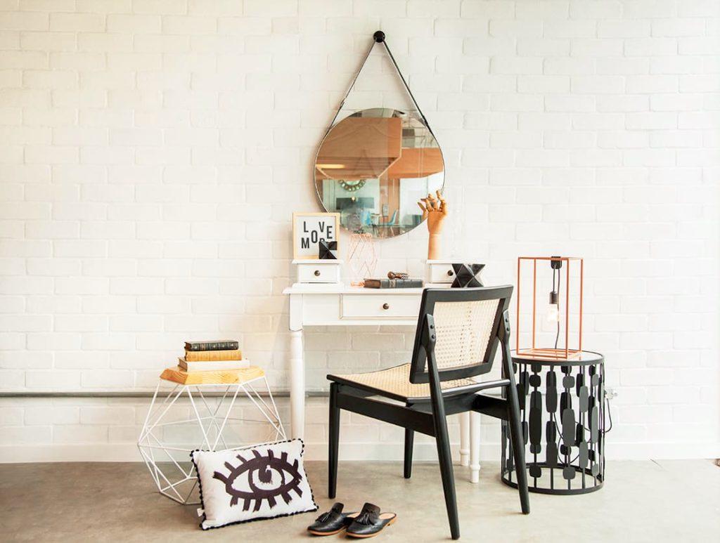 2_westwing-toaletni-stolek-na-make-up