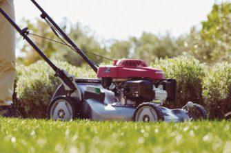 Sběr posečené trávy, nebo mulčování? Vyřešili jsme to tlačítkem!