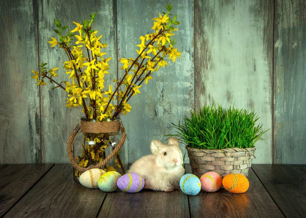 Velikonoce jsou pohyblivým svátkem. Slaví se v neděli po prvním jarním úplňku.