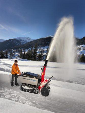 Sněhové frézy zajistí, že úklid sněhu nebude katastrofa