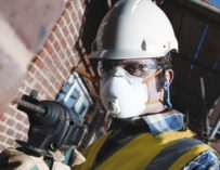Tipy na ochranné pracovní pomůcky a oděvy pro příjemnější a bezpečnější práci