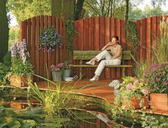 Dřevěné zástěny, plotové dílce a rohože ochrání vaše soukromí